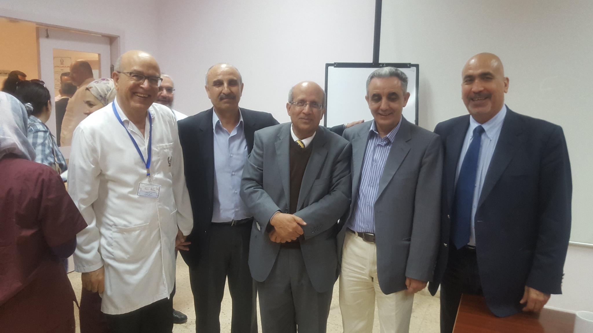 زياره القائمه الخضراء لزملائنا الاطباء في مستشفى الامير حسين شكرا كثيرا للزملاء على حسن الاستقبال وشكرا كثيرا للدعم ابريل – 2016