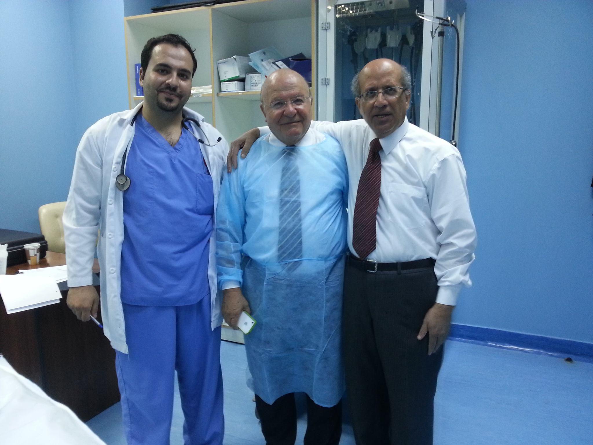 برفقة الزميل الدكتور زياد شرايحه والزميل الدكتور عبد الله نزال في قسم التنظير في المركز العربي الطبي 9-8-2014